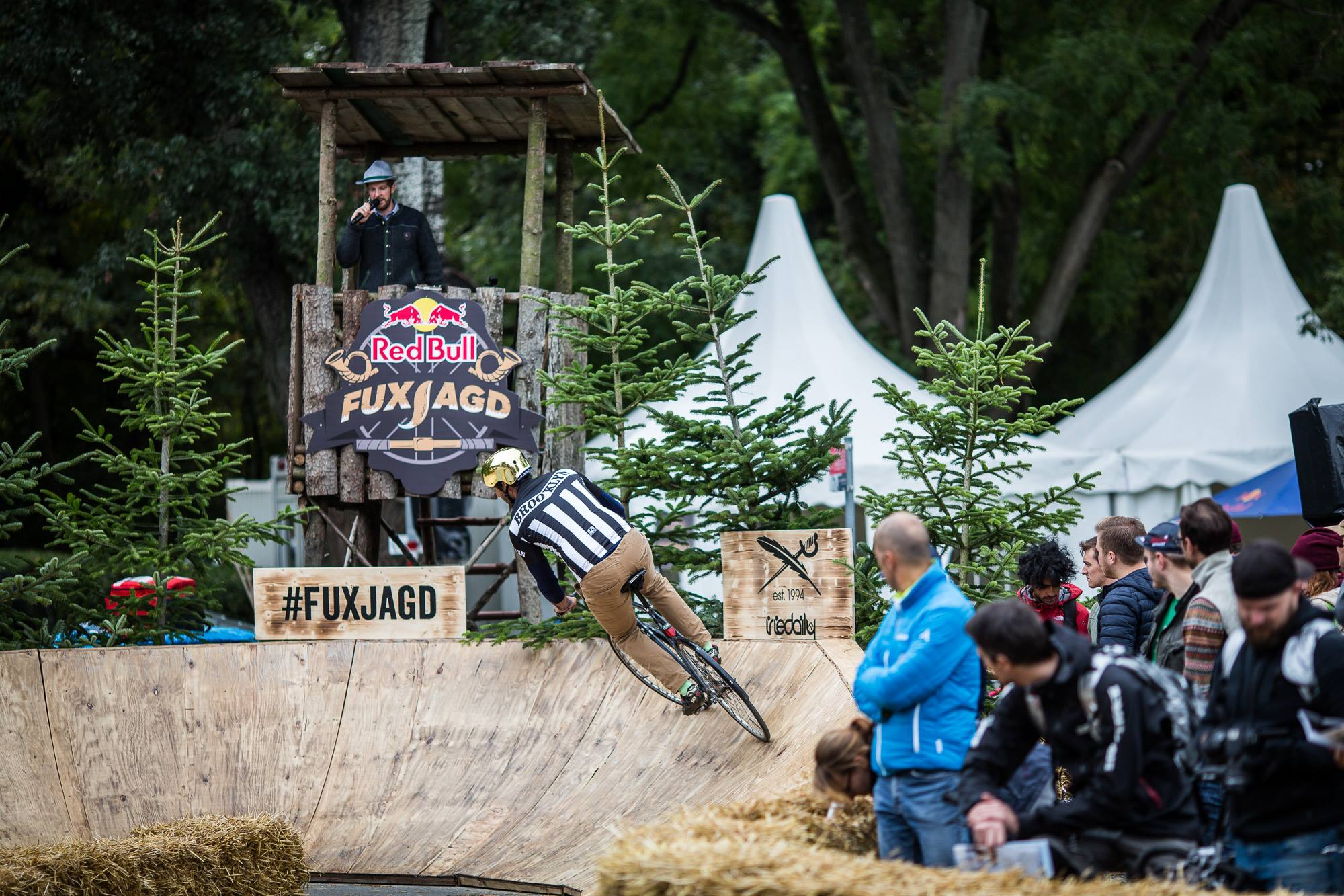 26.09.2015 Red Bull Fuxjagd im Wiener Prater